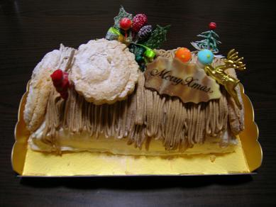 2009.12.24-cake.JPG